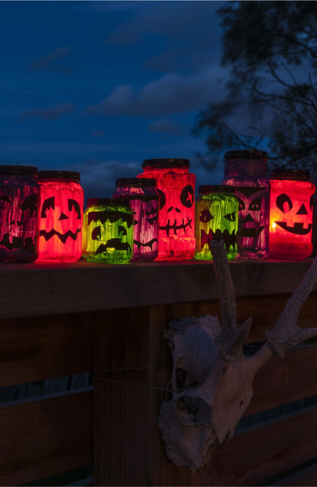 This Halloween Character Lanterns are so cute and are even easier to make. Here are 20 spellbinding fall mason jar crafts DIY ideas!