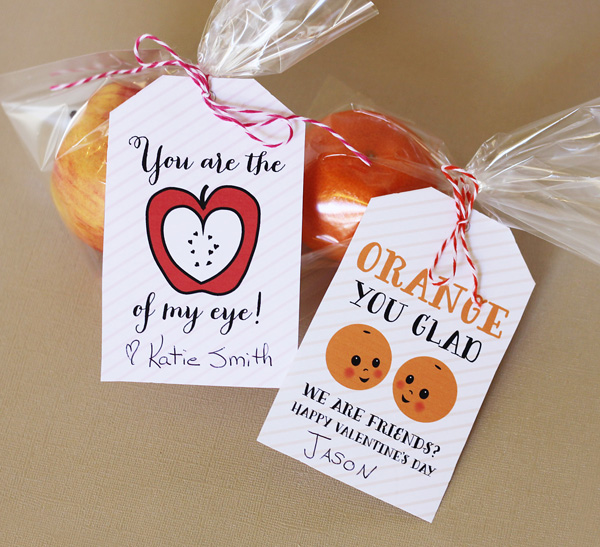 Non Candy Valentines, Candy Free Valentines Day Treats, Sugar Free Treats, Sugar Free Valentines, Healthy Snacks, Healthy Valentines Day Treats, Healthy Treats for Kids, Popular