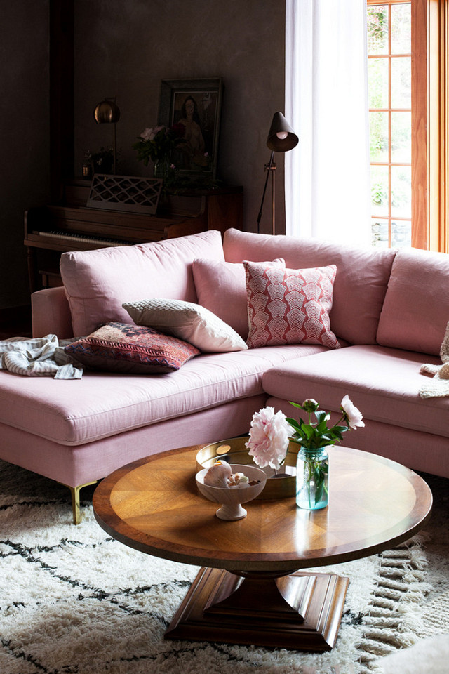 Home Decor, Home Decorating Tips and Tricks, Interior Design Tips, Decorating Mistakes That Make Your Home Look Messy, Interior Design Hacks, Clutter Free Home, Stylish Organization Ideas, Popular Pin #interiordesign #interiordesigntips #interiordesignhacks #homedecor #homedecoranddesign #diyhome