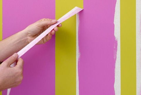 How to Use {and Remove!} Painter's Tape From Any Surface  How to Remove Painters Tape, Removing Painters Tape from Any Surface, DIY Home, Home DIY Projects, Tips and Tricks for the Home, Home Remodeling Tips and Tricks, Popular Pin