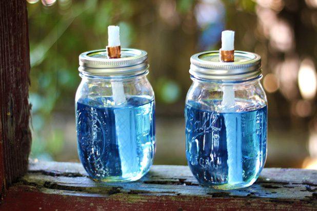 12 Mason Jar Projects {For Summer}| Mason Jar Craft Projects, Craft Projects for Summer, Mason Jar Projects, Mason Jar DIY Projects, DIY Projects for Summer, Mason Jar Crafts, Popular Pin