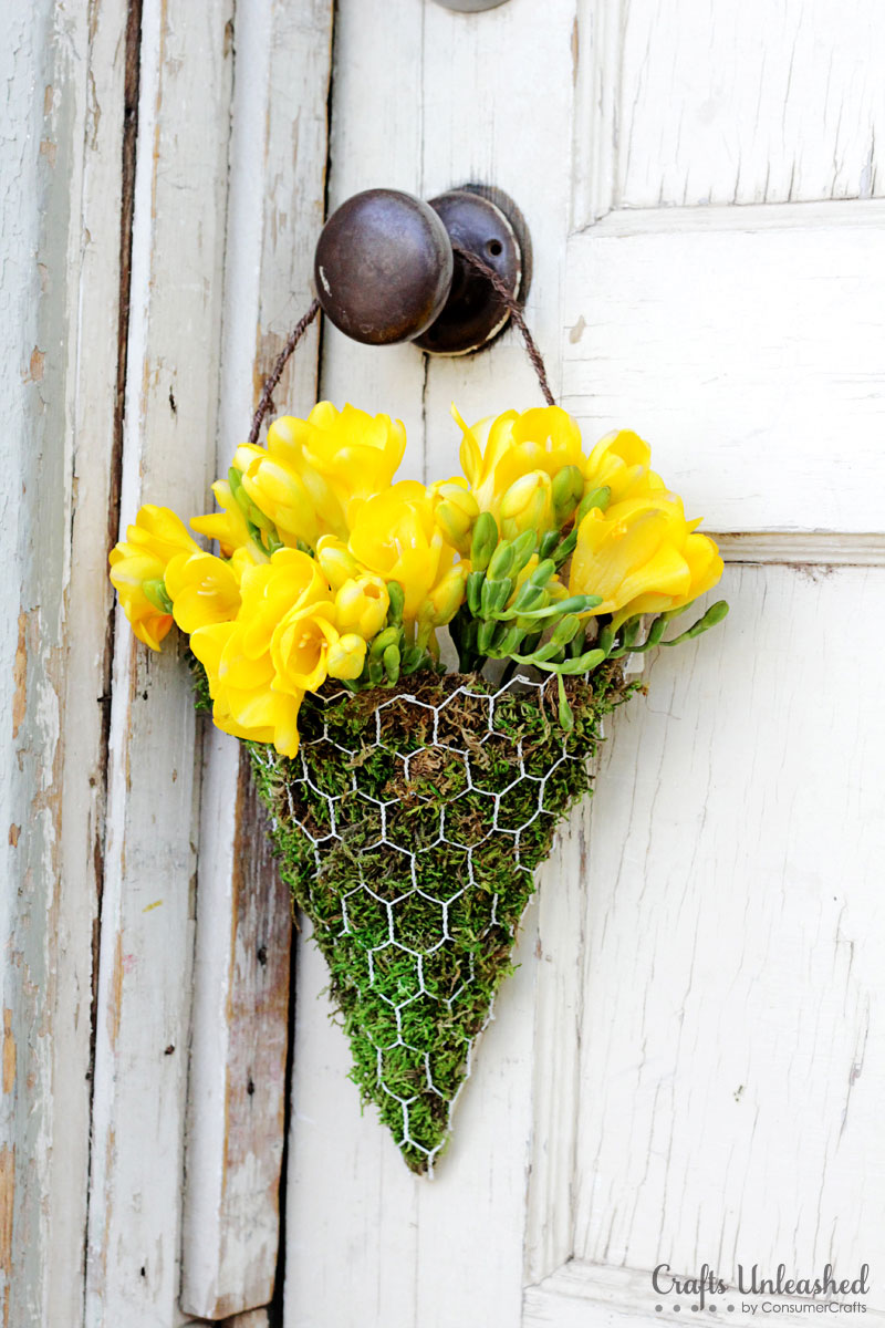13 Shabby Chic Things to Make With Chicken Wire - Pickled Barrel