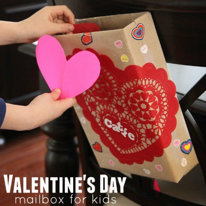 10 Painless DIY Valentines Day Boxes for Kids  Valentines Day Boxes, DIY Valentines Day Boxes, DIY Holiday, Holiday Crafts, Valentines Day Crafts, Popular Pin #ValentinesDayBoxes #HolidayCrafts