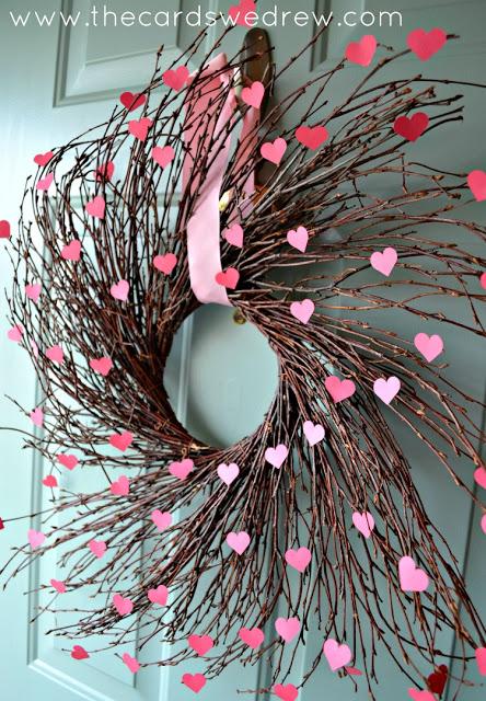 Charming Valentines Day Door Decor| Valentines Day Door Decor, Porch Decor, DIY Porch Decor, Holiday Porch Decor, Valentines Day DIYs, DIY Home Decor, Popular Pin #PorchDecor #ValentinesDay