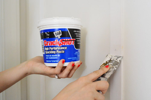 Easily Repair Nail Holes in Your Wall  Home Improvement, Home Improvement Hacks, DIY Home, DIY Home Improvements, Easy Home Improvement Hacks, Home Decor DIYs, Popular Pin #HomeImprovements #HomeDecor