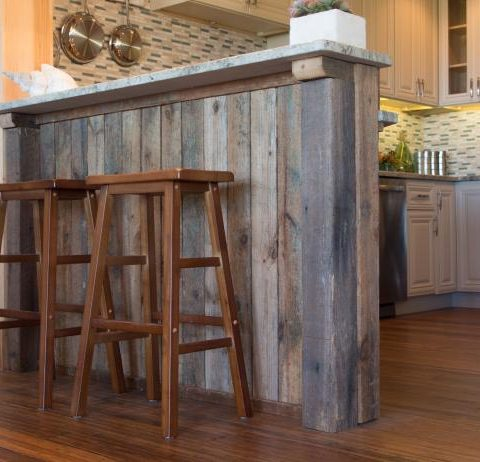 How to Distress Wood for Planked Decor| Distressed Wood, DIY Distressed Wood, DIY Home, DIY Rustic Home, Rustic Home Decor, Home Decor Hacks, #RusticHome #RusticHomeDecor #HomeDecor