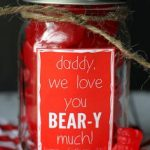 DIY Valentines Day Gifts for Dad| Valentines Day Gifts, Gifts for Dad, Valentines Day Gift Ideas, Gifts for Him, DIY Gifts for Him, Valentines Day Gifts for Him, DIY Gifts for Dad, DIY Gift Ideas, Popular Pin #ValentinesDayGifts #GiftsforDad #DIY