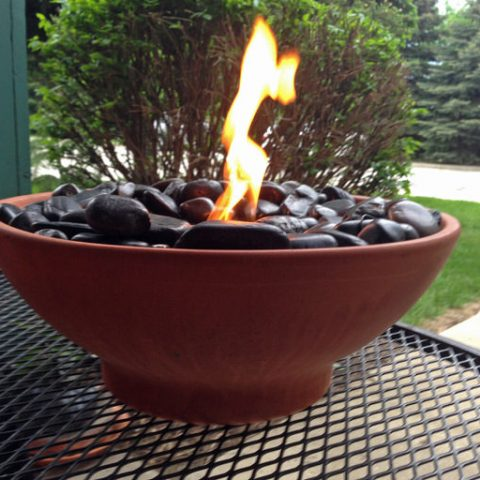 Stay Warm With a Tabletop Fire Bowl| Tabletop Fire Bowls, Easy Fire Bowls, Easy Tabletop Fire Bowls, DIY Fire Bowls, Firepit, DIY Firepit, Easy Firepit Projects, Popular Pin #DIYFirepit #TabletopFireBowl