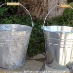 How to Age Shiny Metal  Rustic Home Decor, Rustic Living Room, Home Decor on A Budget, DIY Home Improvement, Farmhouse Decor, Farmhouse Home #FarmhouseHome #FarmhouseDecor #RusticHomeDecor #HomeDecor