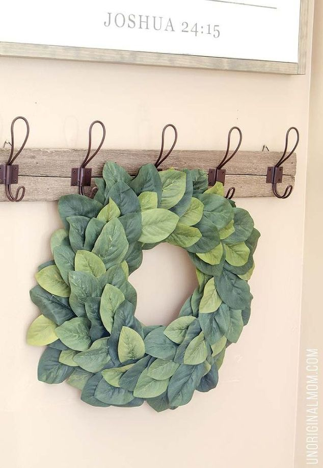 8+ Places to Find Inexpensive Farmhouse Wreaths| FArmhouse Wreath, Farmhouse Wreath DIY, Farmhouse Wreath Decor, Farmhouse Decor, Porch Decor, Porch Decor Ideas