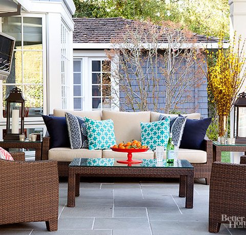 Easy Ways to Pretty Up Your Patio| Patio Ideas, Patio Ideas on a Budget, Patio Decorating Ideas, Patio Decorating, Patio Decor, Patio Decor Tips