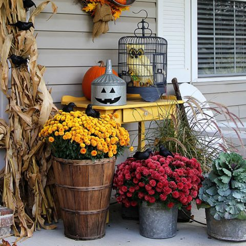 Farmhouse Fall Porch Decor - Festive Fall Porch Decor with Repurposed Farmhouse Fall Porch Decor with Repurposed Home Decor
