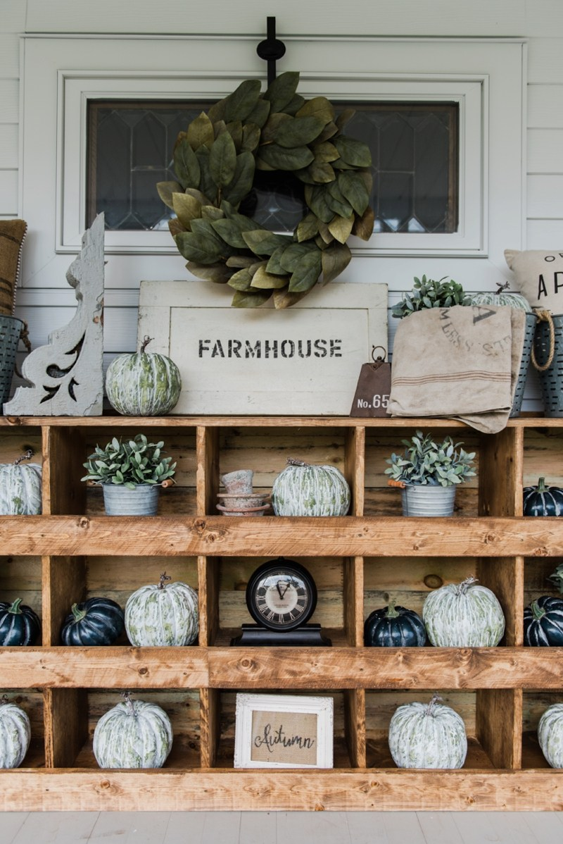 Farmhouse Blogger: Liz Marie Blog DIY Fall Decor - Our Favorite DIY Fall Decor From Liz Marie Blog!