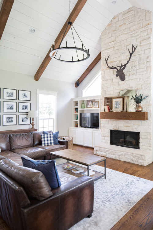 Rustic Farmhouse Style Living Room - 10 Modern Farmhouse Style Living Rooms