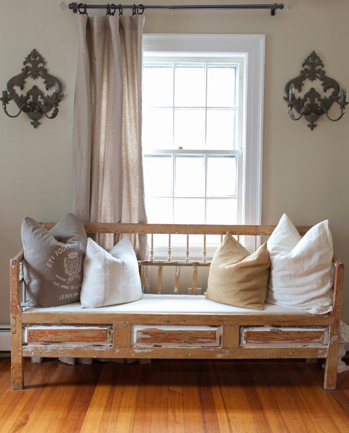 Modern Farmhouse Decor with Classic Style: Repurposed Bench