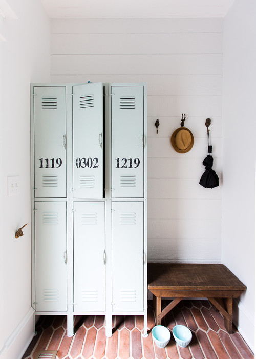 Modern Farmhouse Decor with Classic Style: Vintage Lockers