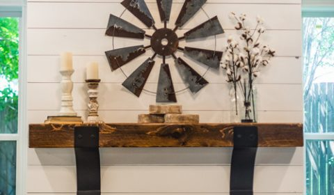 Modern Farmhouse Shiplap Fireplace