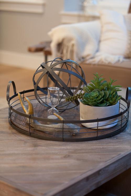 Modern Farmhouse Decor with Classic Style: Farmhouse Table Tray