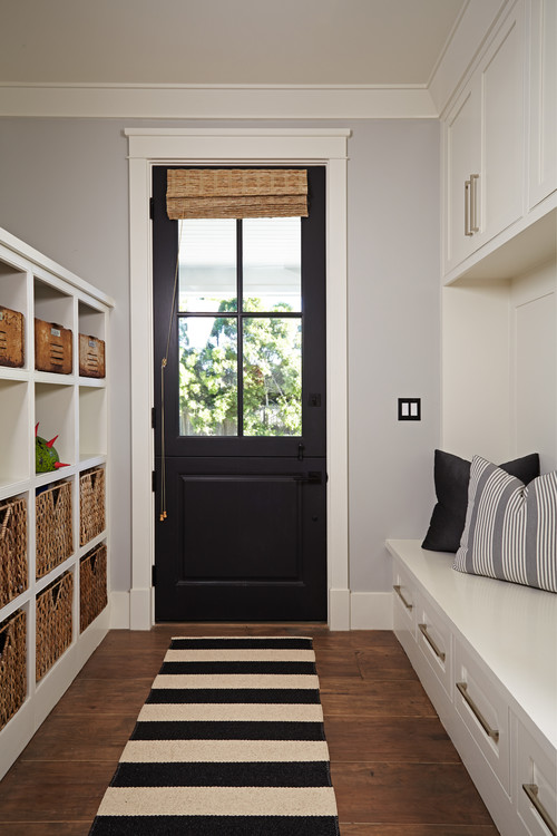 Modern Farmhouse Mudroom with Built-in Bench and Storage Cubbies #modernfarmhouse