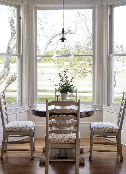 Modern Farmhouse Breakfast Nook with Bay Window