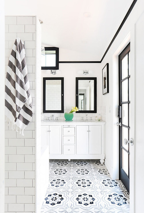 Black and White Modern Farmhouse Bathroom with Black Trim