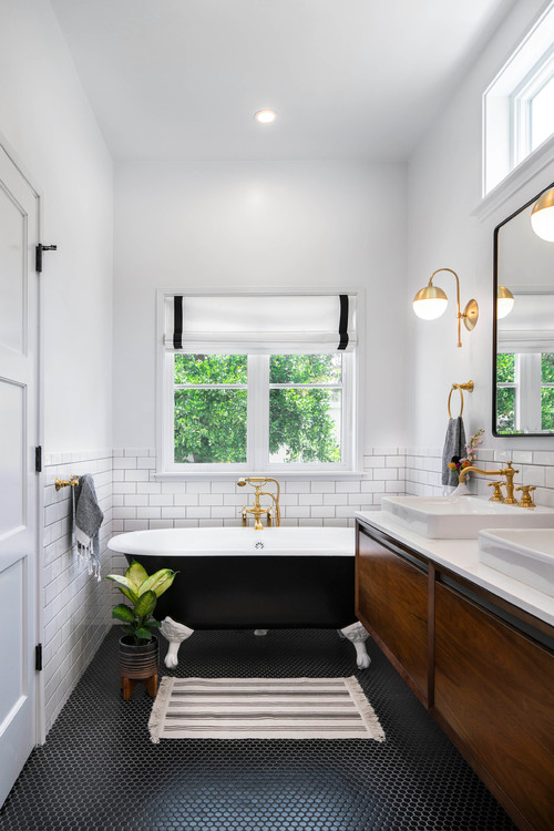 Black and White Modern Farmhouse Bathroom with Black and White Clawfoot Tub