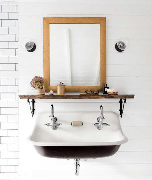 Black and White Modern Farmhouse Bathroom with Small Black and White Vintage Style Trough Sink