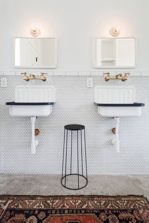 Black and White Modern Farmhouse Bathroom with White Bucket Sinks with Black Trim