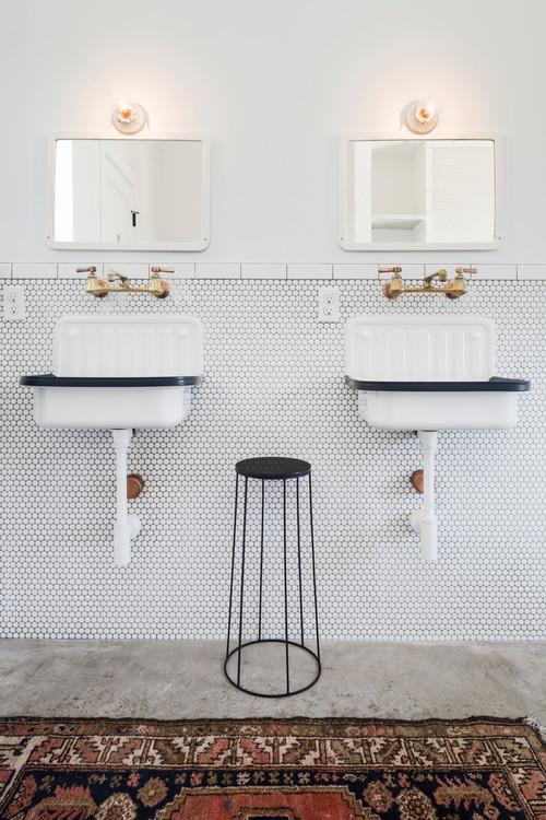 Black and White Modern Farmhouse Bathroom with White Bucket Sinks with Black Trim