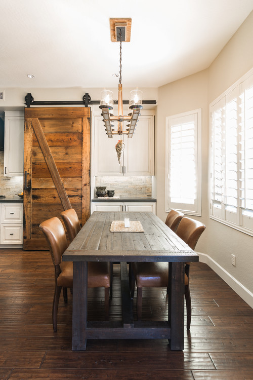 Modern Farmhouse Dining Room with Farmhouse Table and Leather Chairs