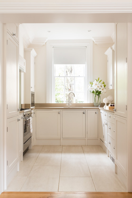 Neutral Modern Farmhouse Kitchen with Cream Colored Cabinets