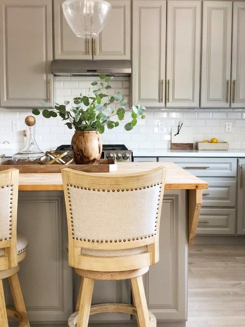 Neutral Modern Farmhouse Kitchen with Gray Kitchen Island