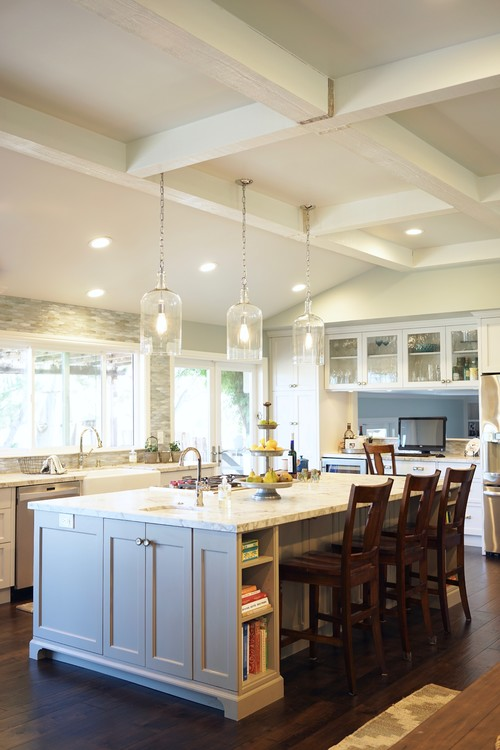 Neutral Modern Farmhouse Kitchen with Large Light Gray Kitchen Island