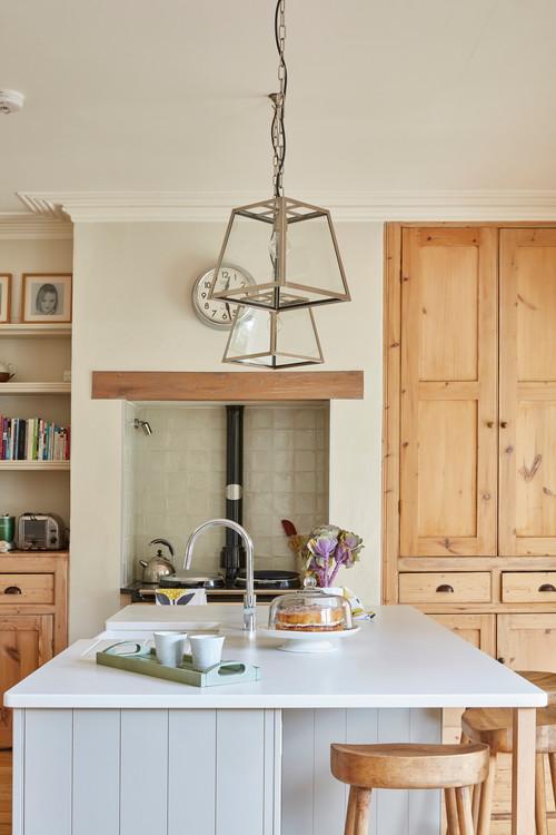 Neutral Modern Farmhouse Kitchen with Light Gray Kitchen Island