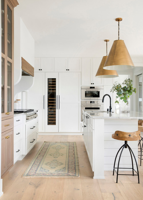 Neutral Modern Farmhouse Kitchen with White and Wood Kitchen Cabinets