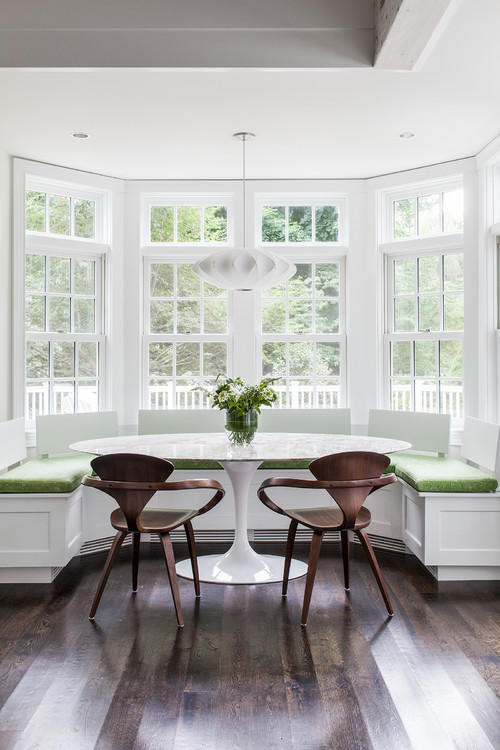 Built-in Breakfast Nook Banquette in a Bay Window