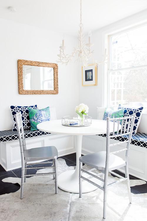 Built-in Breakfast Nook Banquette in a Corner