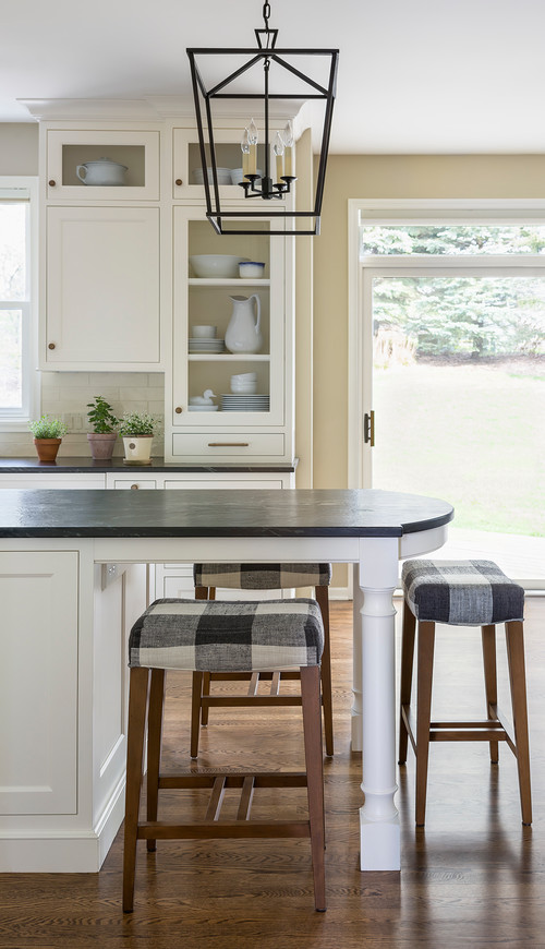 Modern Farmhouse Kitchen with Checkered Kitchen Island Bar Stools