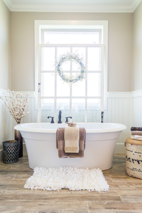 Neutral Modern Farmhouse Bathroom with Country Decor