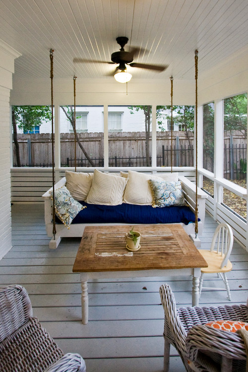 Farmhouse Style Porch with Rope Swing