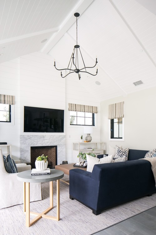 Modern Farmhouse Beach Home Living Room with Vaulted Ceiling