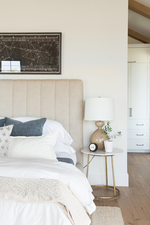 Modern Farmhouse Mountain Home Neutral Bedroom