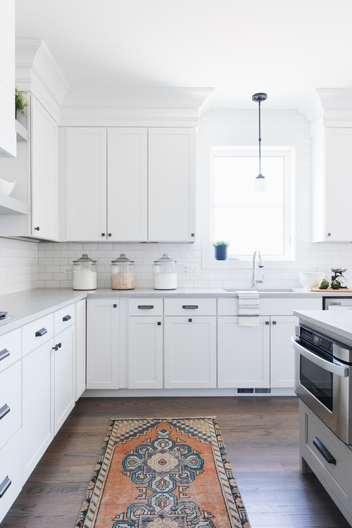 Modern Farmhouse White Kitchen Cabinetry