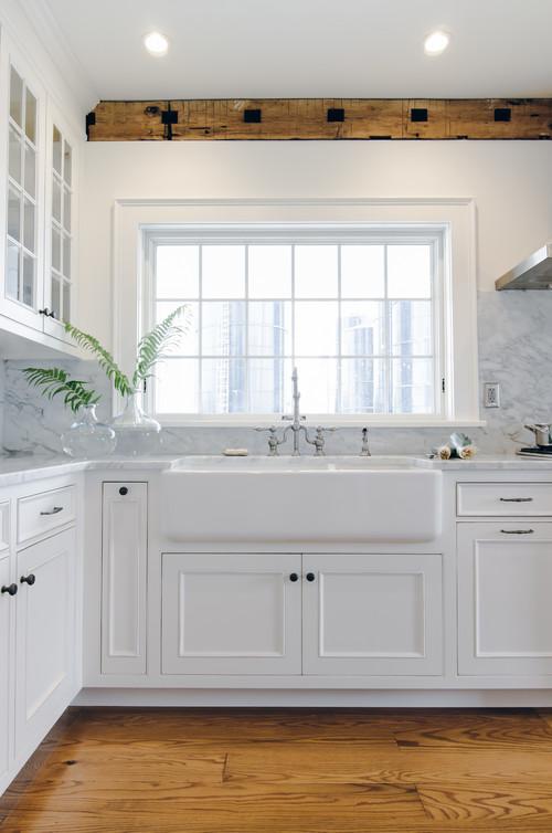 Modern Farmhouse White Kitchen with Large Farmhouse Sink
