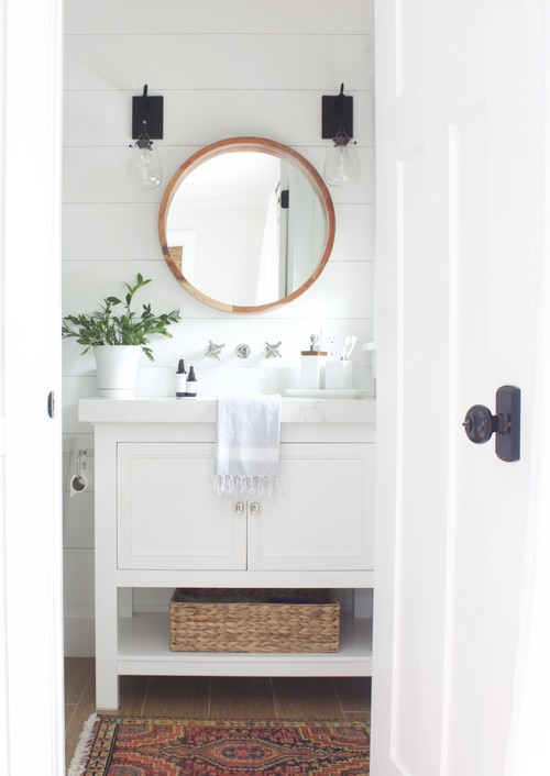 Modern Farmhouse Bathroom with Horizontal Shiplap Wall