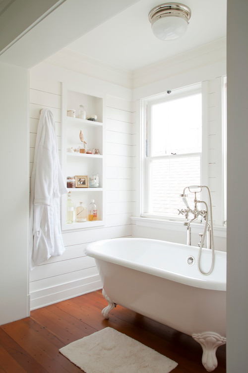 Modern Farmhouse Bathroom with Shiplap Bathtub Nook