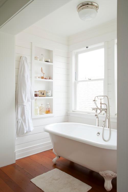 Modern Farmhouse Bathroom with Shiplap Bathtub Nook