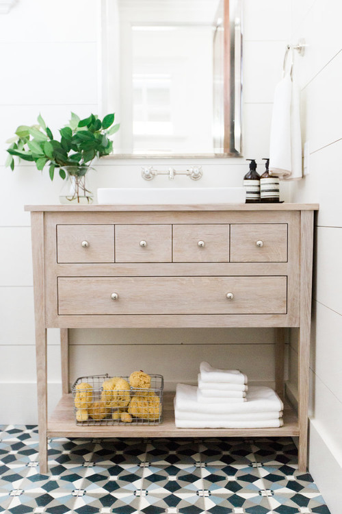 Modern Farmhouse Bathroom with Wide Plank Shiplap Walls
