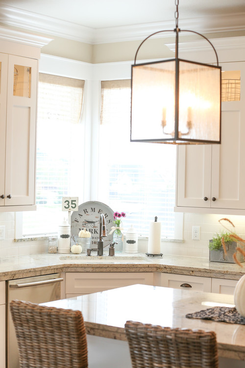 Modern Farmhouse Kitchen with Hanging Glass Lantern with Black Finish