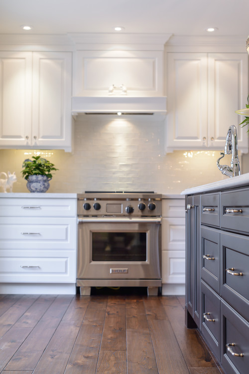 Modern Farmhouse Kitchen with Task Lighting For Cooking